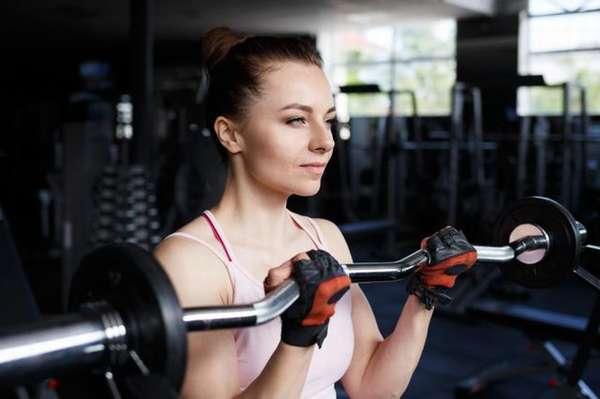 Программа тренировок на похудение в тренажерном зале для мужчин.