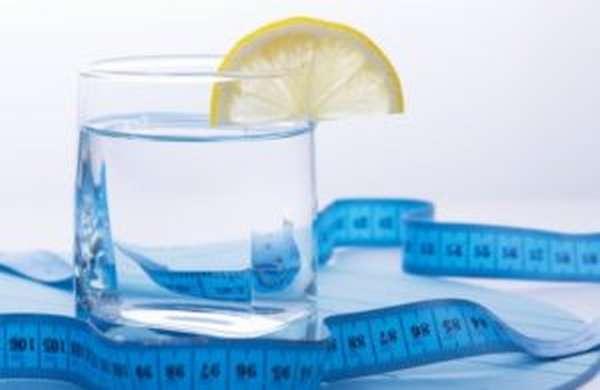Водная диета, как пить и худеть на чистой и фильтрованной воде.